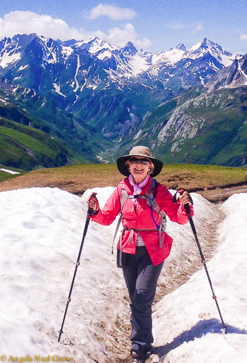 Mont Blanc Challenge: hiking through snow on top of a mountain pass //Photo:ANGrove