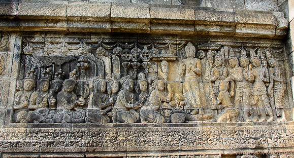 Photo of the Borobadur carvings | Photo: Angela Neal Grove