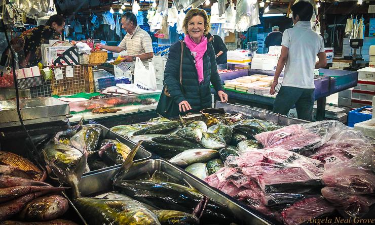 Tokyo Tsukiji Fish Market Going Going Gone    | Angela Neal